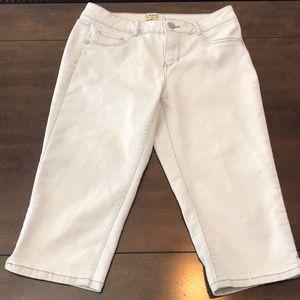 Women's Capri Pants sz 8 d jeans nyc